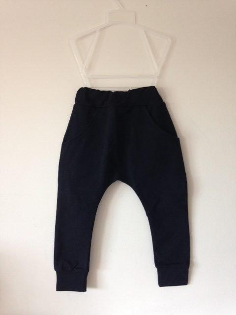 pantalones-negros-nunokids